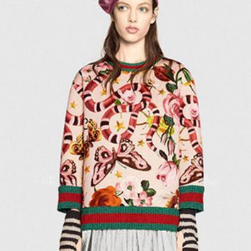 GUCCI HOT SALE Round neck letters printed loose long sleeve sweater beige Tagre™
