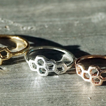 Gold, silver and rose gold dainty tiny honeycomb geometric ring (RI00003)