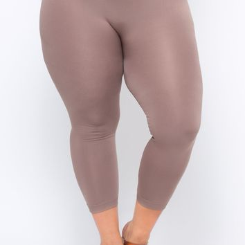 Plus Size Fleece Lined Seamless Leggings -  Mocha