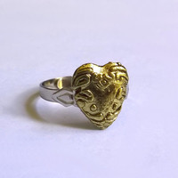 Heart Shaped Ring / Gold Filligree Ring / Adjustable Metal Ring / Heart Ring / One of a Kind / OOAK / Exentricity