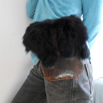 Leather Belt Bag, Handmade, Black Leather Hip Pouch with Fur Flap, Hippie, Boho, Native American, Rendezvous, Mountain Man