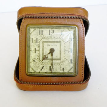 Vintage New Haven Travel Alarm Clock