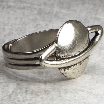 Planet Saturn Adjustable Space Ring for Men, Silver Tone