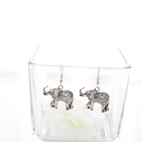 Black Friday Deal New woman's Silver Color INdian elephant Dangle Hook Earrings