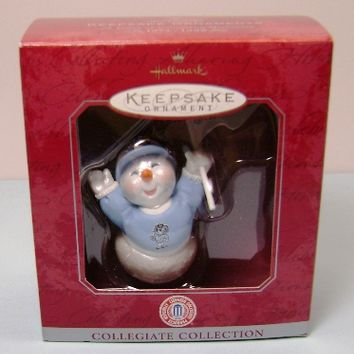 1998 North Carolina Tar Heels Hallmark Collegiate Collection Ornament