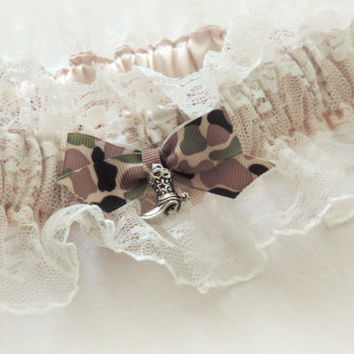 Wedding garter bridal garter camo wedding garter rustic country cowgirl wedding prom dance garter camo nude lace champagne cowgirl garter