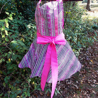 Flirty full bib Apron in Pink and black, Holidays, gift, women's,