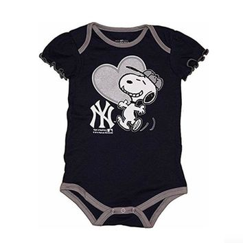 New York Yankees Infant Girls Creeper Snoopy Peanuts Baby Romper MLB Apparel