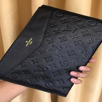 HCXX 19Aug 791 Louis Vuitton LV M20014 Fashion Casual Embossing Zipper Clutch Bag 28-19-3cm