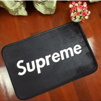 European American fashion brand logo supreme flannel living room bedroom carpet floor