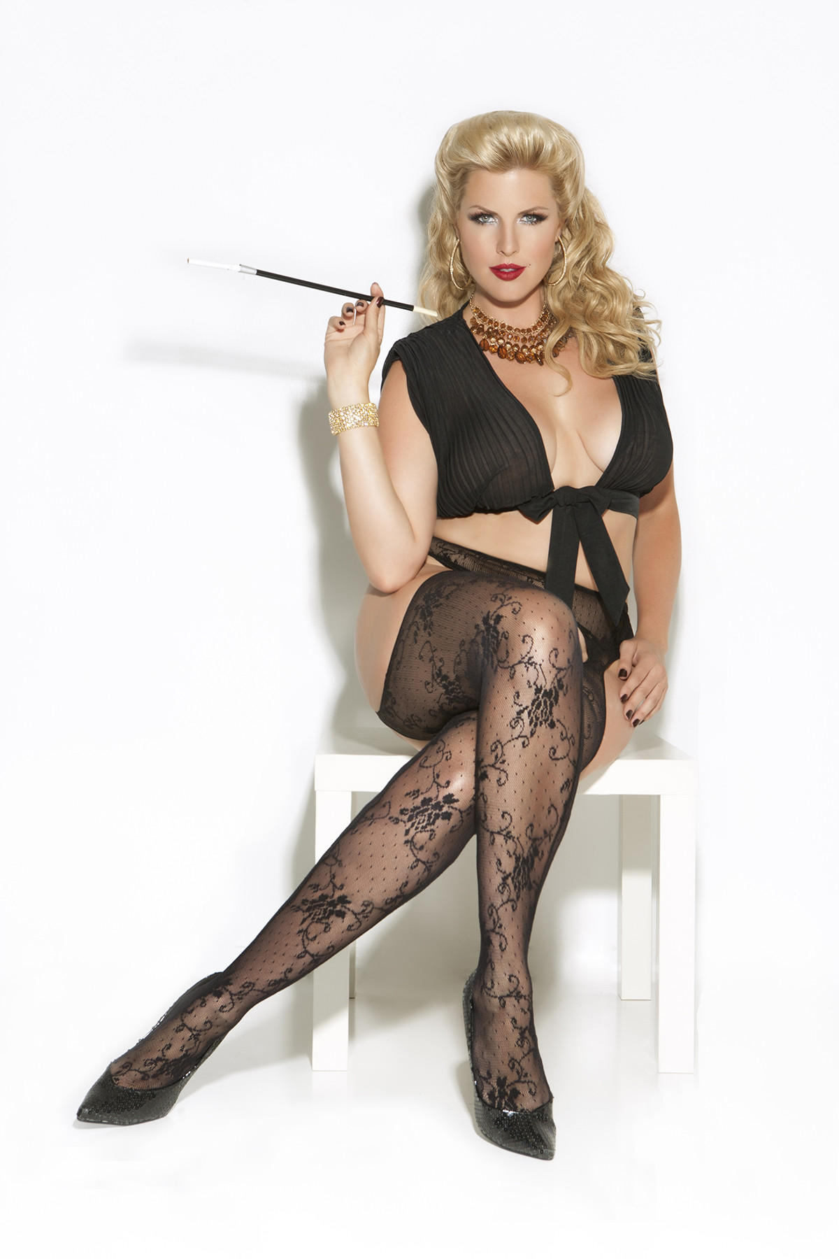 Lace Suspender Pantyhose Queen Size From Belladoro College