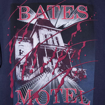 PSYCHO bate motel shirt - vintage - alfred hitchcock movie