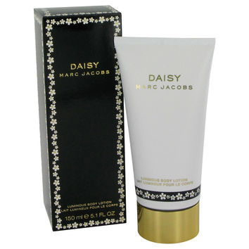 Daisy Lotion by Marc Jacobs