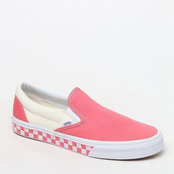 DCCKJH6 Vans Women's Coral Slip-On Sneakers