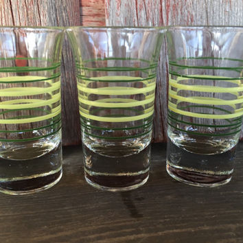 4 Vintage Whiskey Shot Glasses, Vintage barware liquor glasses, tequila liquor shot glasses, retro bar cart glasses