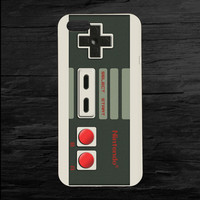 Nintendo NES Video Game Controller iPhone 4 and 5 Case