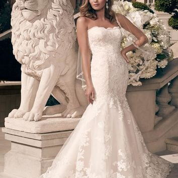 Casablanca Bridal 2163 Strapless Lace Mermaid Sample Sale Wedding Dress
