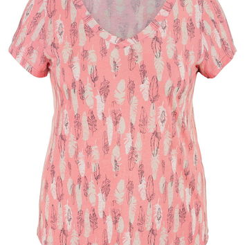 plus size tee in feather print