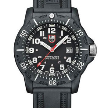 Luminox Mens Black Ops Carbon Watch - Black Dial and Strap - 200 Meter - Retired