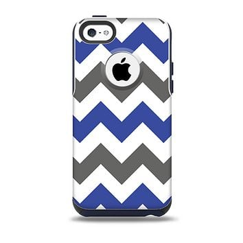 The Gray & Navy Blue Chevron Skin for the iPhone 5c OtterBox Commuter Case