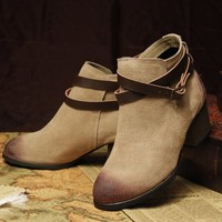 ZLYC Vintage Mid Heel Leather Ankle Boots