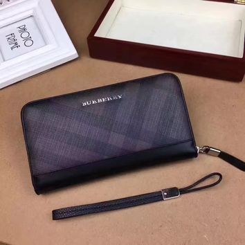 BURBERRY MEN'S LEATHER ZIPPER WALLET