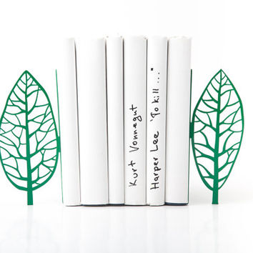 Bookends green edition - Magritte trees - Magritte inspired bookends