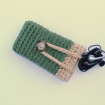 Cell Phone Case, Crochet iPhone 5 or Blackberry Cell Phone Case or Cover Sleeve with Earphone Storage Room