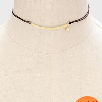 Curved Bar & Star Charm Choker Necklace - Gold