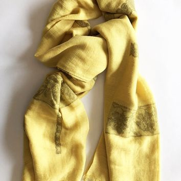 Lace Print Scarf in Yellow