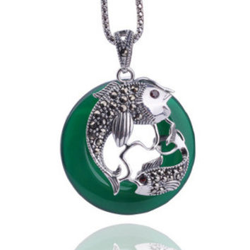 Pisces Swimming Jewelry Green Natural Agate Stone Thai Silver PENDANT w/ SILVER CHAIN