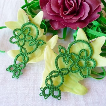 Tatting earrings green - handmade jewelry - lace earrings - Bridesmaid - Wedding -gift for birthday