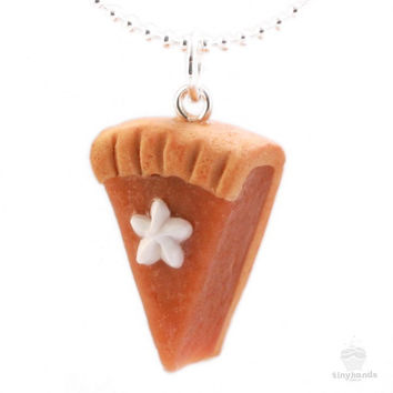 Scented Pumpkin Pie Necklace