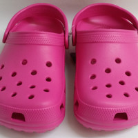 Authentic Womens Girls Youth Kids Fuchsia Croslite Clog Crocs Shoes
