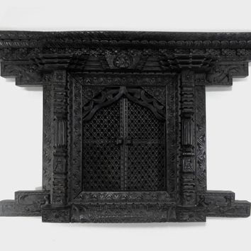 Antique 19th Century Anglo Indian Hand Carved Decorative Wood Window