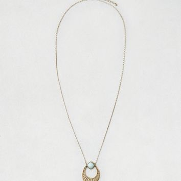 AEO ETCHED PENDANT NECKLACE