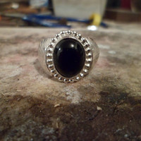 Authentic Navajo,Native American Southwestern sterling silver black onyx ring. Size 9 3/4