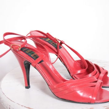 Bright Red Chic Holiday Shoes Ankle Strap High Heeled Sandals Perfect for a Christmas Party Size 6