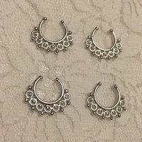 Alegra Fake Septum Ring