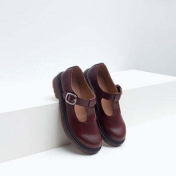 T-BAR SHOES WITH BUCKLE