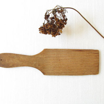 Antique Wood Butter Paddle - Primitive Ridged Hand Butter Churn - Vintage Wood Utensil - Farmhouse Kitchen Decor