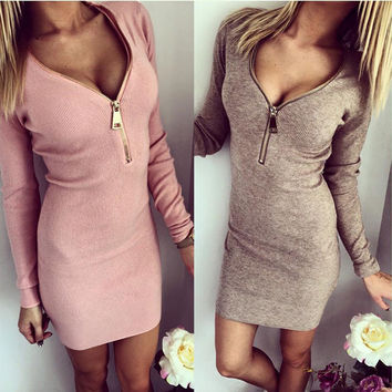Deep V-neck Long Sleeves Bodycon Mini Club Dress
