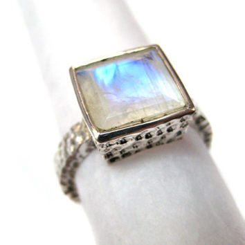 Rainbow Moonstone 925 Sterling Silver Hammered Handmade Ring Blue Flashy Square facets natural Gemstone wedding engagement ring gift for her