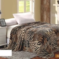 Animal Print Ultra Plush Wild Safari Twin Size Microplush Blanket