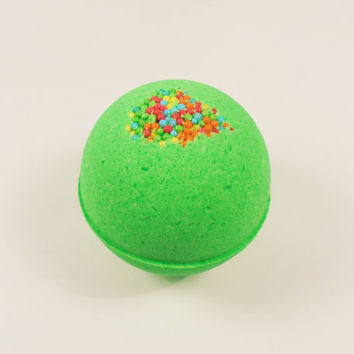 Green Bath Bomb, bath bombs, bath bomb, bath bomb for kid, party favors, favors gift, birthday gift, bath fizz, spa party, party gift, bath