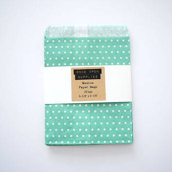 Medium Green Polka Dots Party Favor Treat Bags Envelopes
