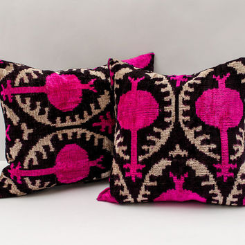 15x15 luxurious black pink ikat, velvet ikat pillow, velvet ikat, velvet pillow, luxorious