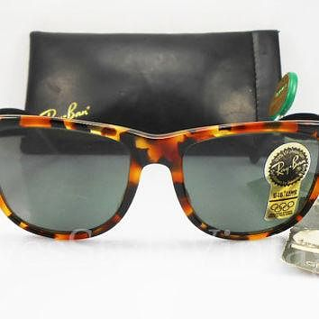 B&L Ray Ban Wayfarer II Limited Deluxe New Old Stock Ultra Rare Vintage G-15 Grey lens