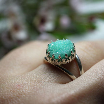 Round 925 sterling silver ring with mint druzy quartz, Vintage ring, Cocktail ring, Bridesmaid gift