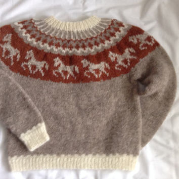 Icelandic sweater, Lopapeysa jumper, Lopapeysa pullover, sweater, horses, ready to ship, beige, winter, jumper, wool sweater, wool jumper